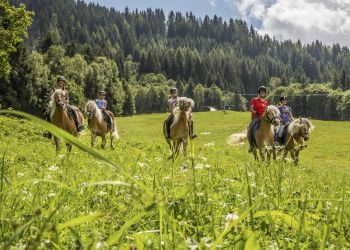 Horseback-Riding Holidays